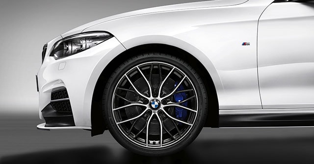 2018 White m240i Tire side view