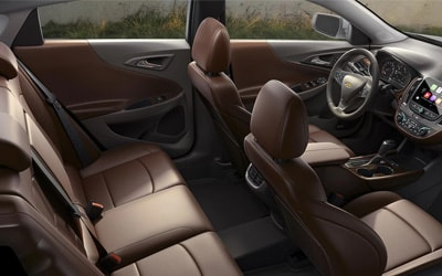 2017 Chevy Malibu Interior features and comfort
