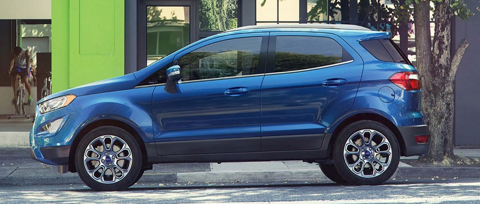 Blue 2018 Ford Escape in the City