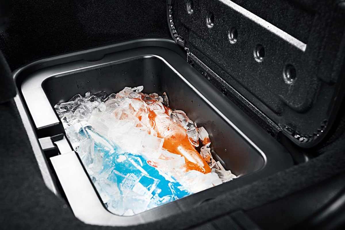 Dodge Journey in-floor cooler
