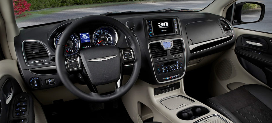 Town & Country Steering Wheel View