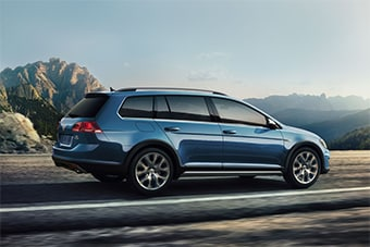 2017 Golf Alltrack in Cedar Rapids