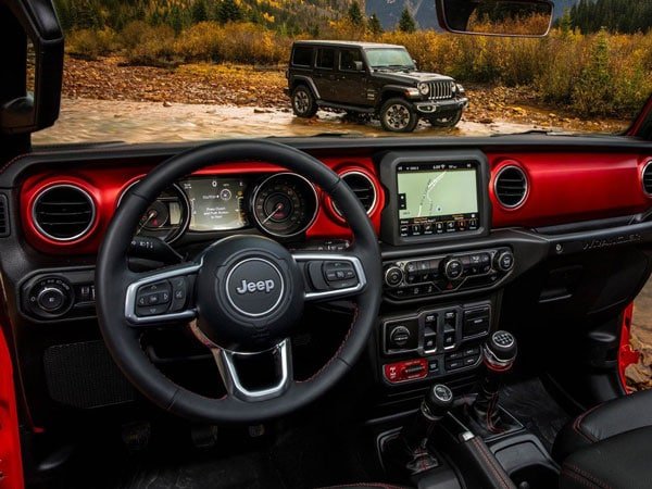 Inside the Wrangler Rubicon