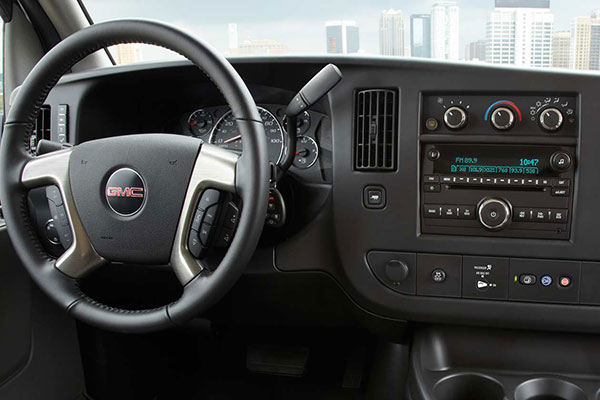 GMC Savana Technology featurs