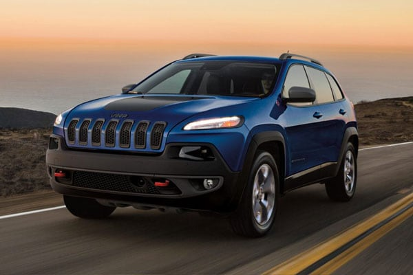 2018 Jeep Cherokee on the highway