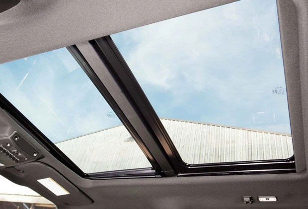Ford F-250 Panoramic Sunroof