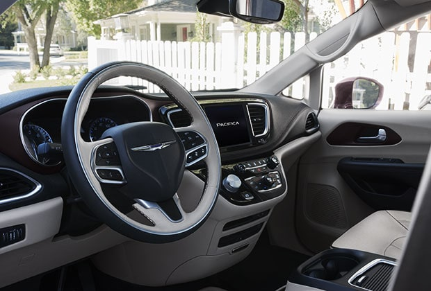 2017 Chrysler Pacifica Uconnect System