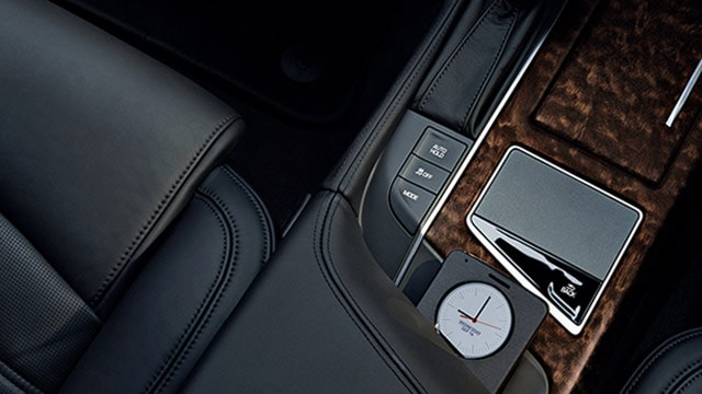 Cadillac CT6 Wireless charging space