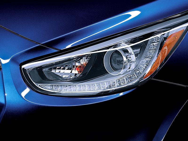 2017 Hyundai Accent Headlights