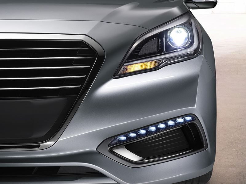 2017 Hyundai Sonata Hybrid Headlights and Foglights