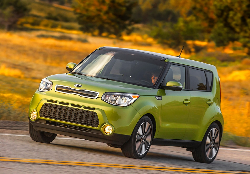 Mcgrath kia new kia dealership in hiawatha ia 52233 2014 kia soul alien green sciox Choice Image