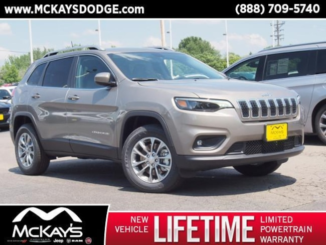 New 2019 Jeep Cherokee LATITUDE PLUS 4X4 Sport Utility For Sale/Lease Waite Park, MN