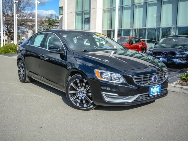 2018 Volvo S60 Inscription T5 Sedan LYV402TK5JB162155