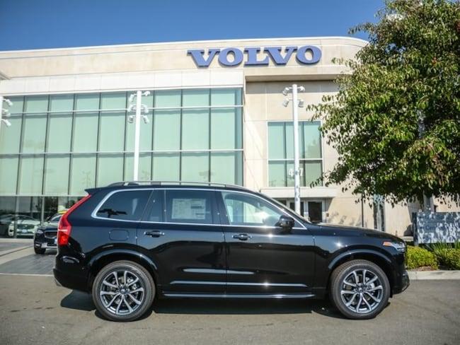 2019 Volvo XC90 T6 Momentum SUV YV4A22PK1K1425545