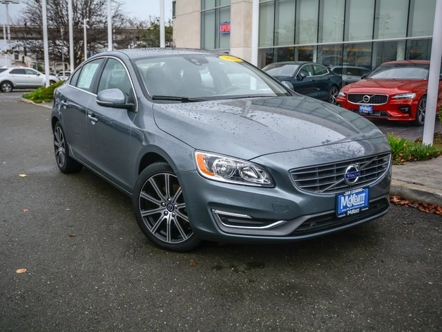 2018 Volvo S60 Inscription T5 Sedan LYV402HK2JB165426