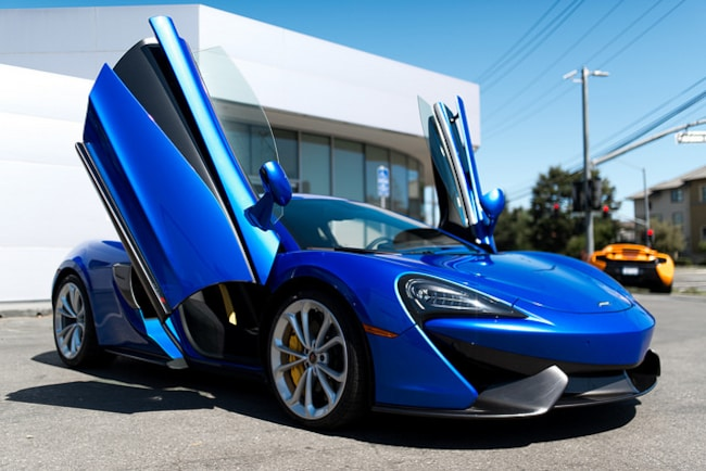 2018 McLaren 570S Coupe Coupe