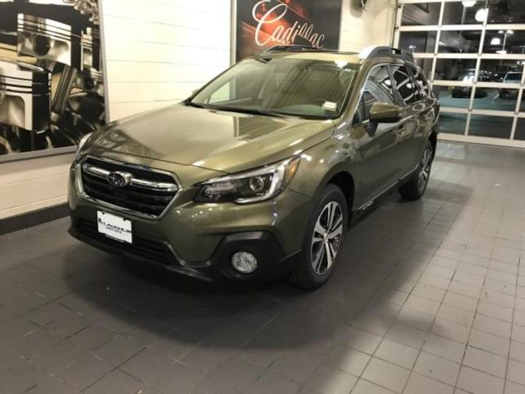 New 2019 Subaru Outback 2.5i Limited SUV in Moline, IL