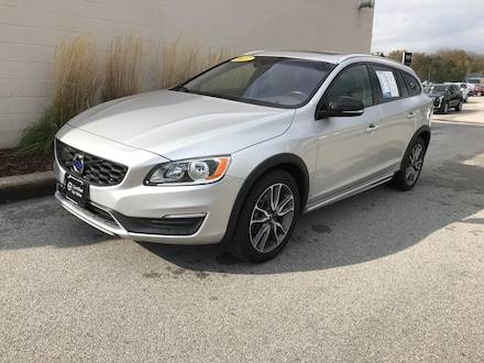 2017 Volvo V60 Cross Country T5 AWD Station Wagon