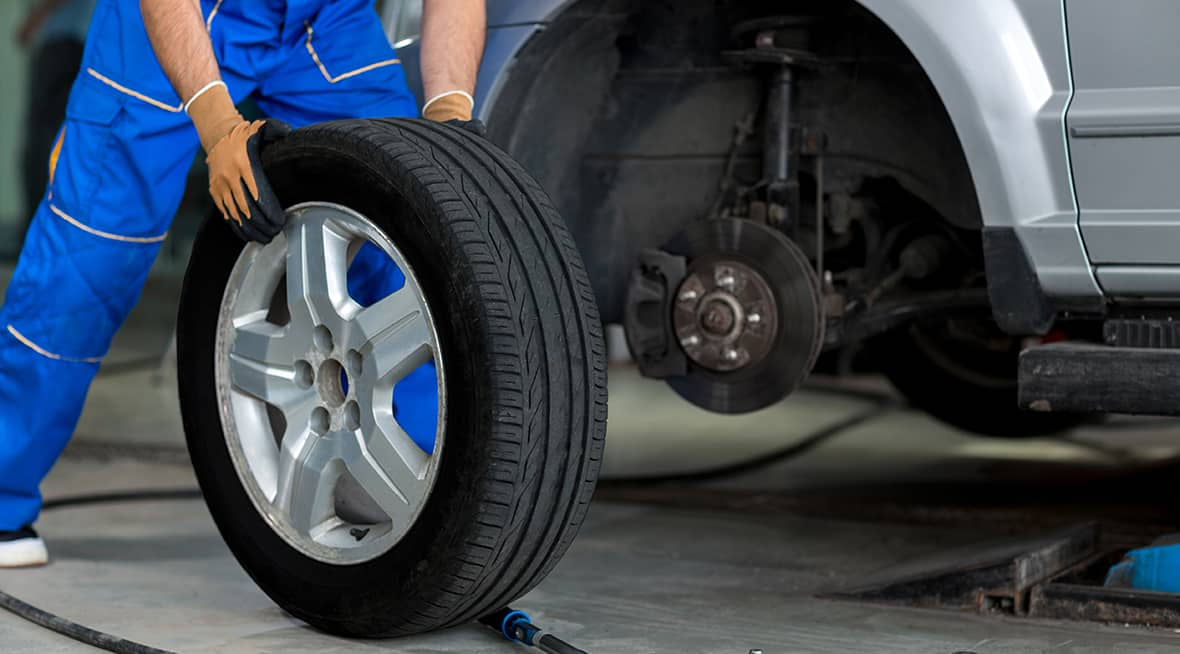 Car Dealership in the Quad Cities | McLaughlin Subaru