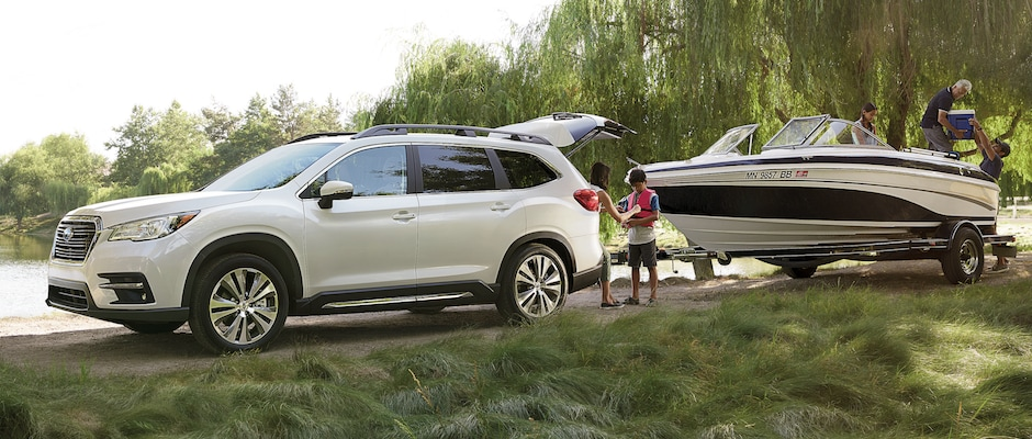 A family taking their boat out with the Subaru Ascent