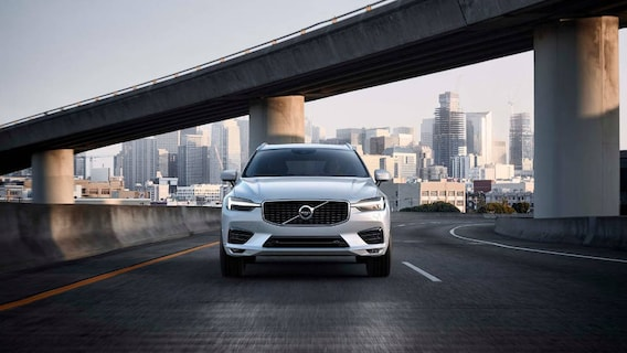 2018 Volvo Xc60 Trims Momentum Vs R Design Vs Inscription