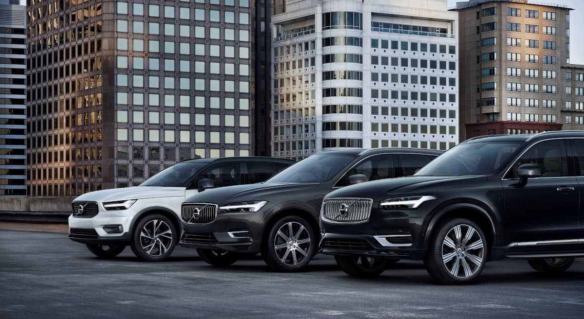 Volvo SUVs lined up next to each other