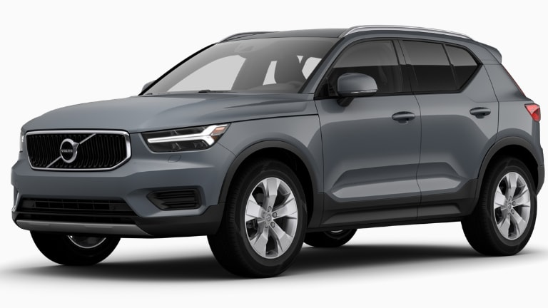 2020 Volvo XC40 Momuentum T4 in Grey