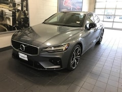 New 2019 Volvo S60 T6 Inscription Sedan in Moline, IL
