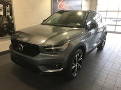 New 2019 Volvo XC40 T5 R-Design SUV in Moline, IL