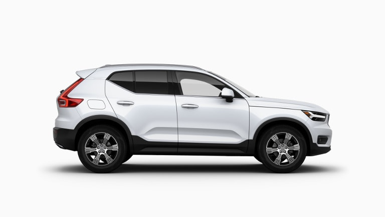 White 2020 Volvo XC40 Inscription