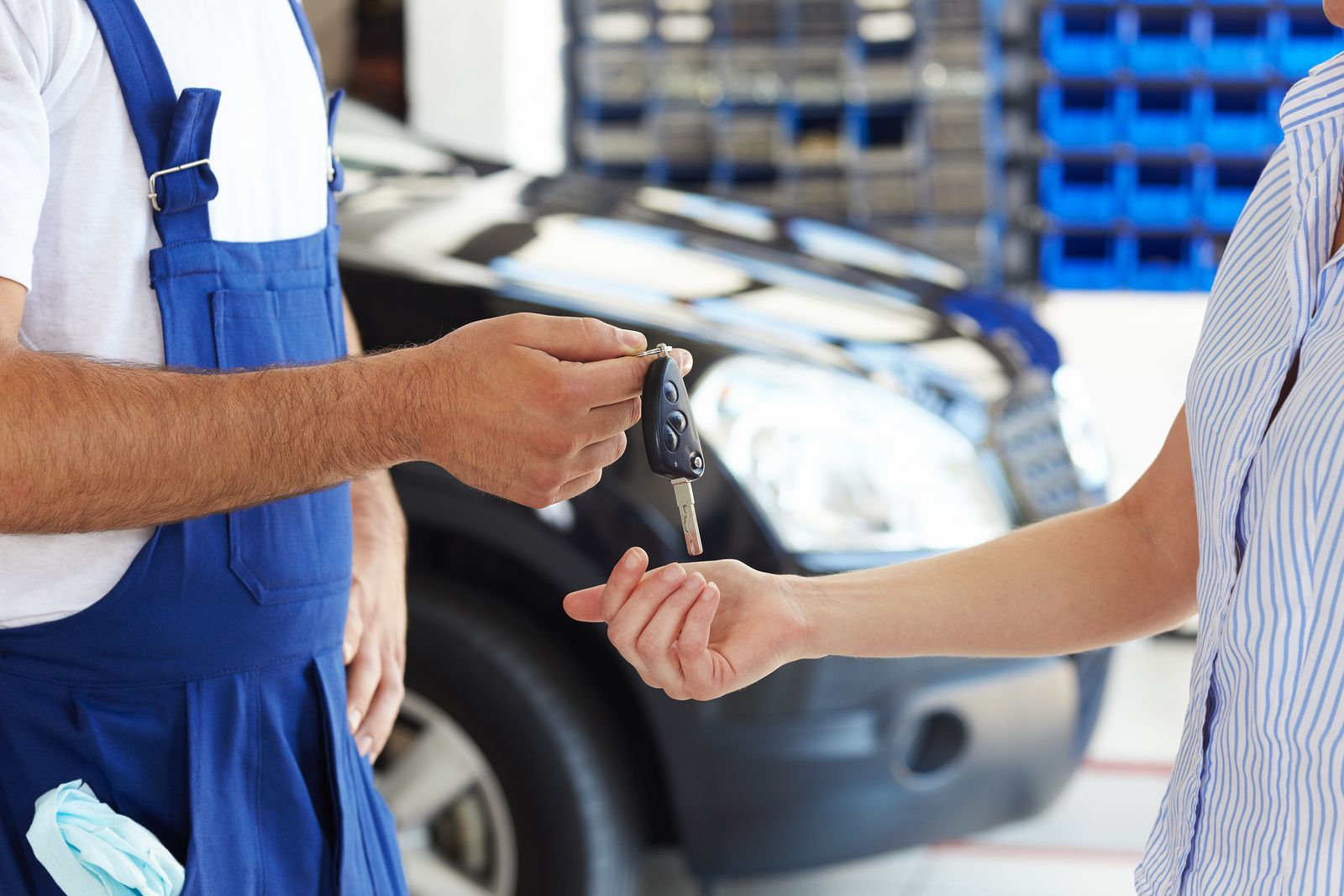 Diagnosis Tricks to Know When to Seek the Help of Auto Service Pros