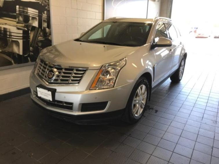 Used 2016 Cadillac SRX AWD 4dr Luxury Collection Sport Utility Molina IL