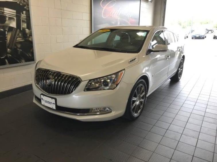 Used 2016 Buick Lacrosse 4dr Sdn Sport Touring FWD Car Molina IL
