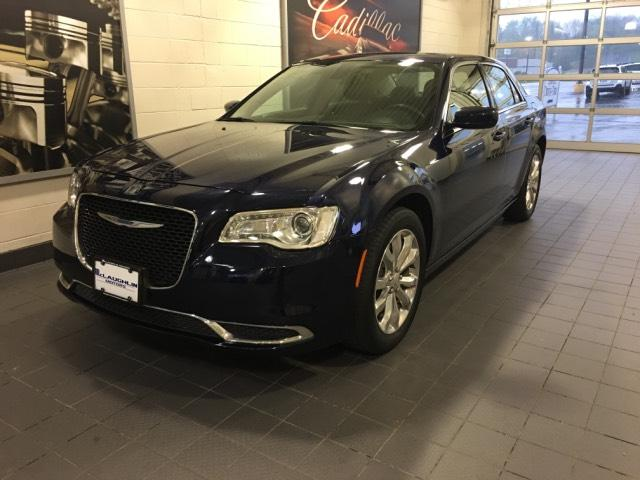 2016 Chrysler 300 4dr Sdn Limited AWD Car