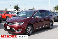 New 2019 Chrysler Pacifica LIMITED Passenger Van 2C4RC1GG3KR528454 in Fort Worth, TX