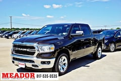 New 2019 Ram 1500 BIG HORN / LONE STAR CREW CAB 4X2 5'7 BOX Crew Cab 1C6RREFT3KN652880 in Fort Worth, TX