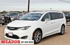 New 2019 Chrysler Pacifica LIMITED Passenger Van 2C4RC1GGXKR575948 in Fort Worth, TX