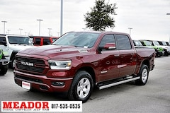 New 2019 Ram 1500 BIG HORN / LONE STAR CREW CAB 4X2 5'7 BOX Crew Cab 1C6RREFG4KN706318 in Fort Worth, TX
