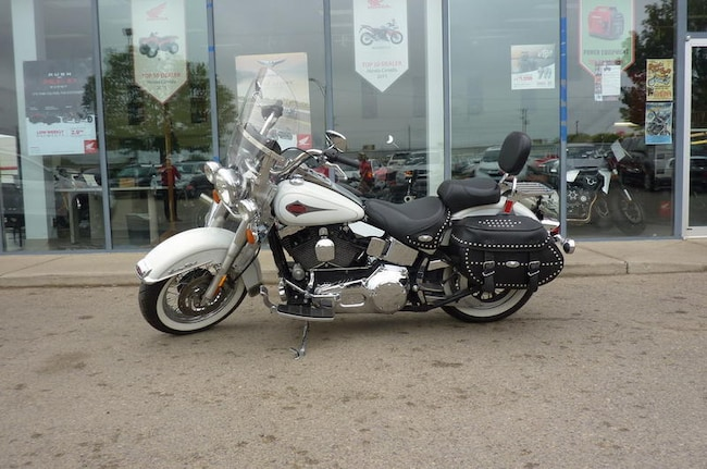 Used 2001 HARLEY-DAVIDSON FLSTC Heritage Softail Classic For Sale at