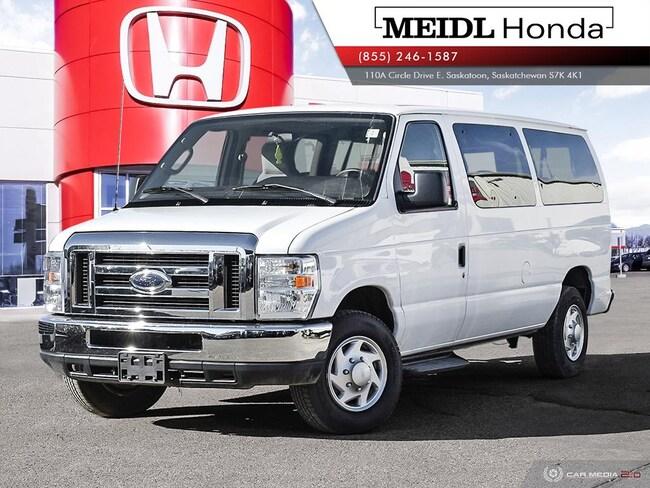 2011 Ford E-350 XLT 11 Passenger Minivan