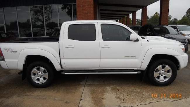 2011 Toyota Tacoma Prerunner Crew Cab Short Bed Truck