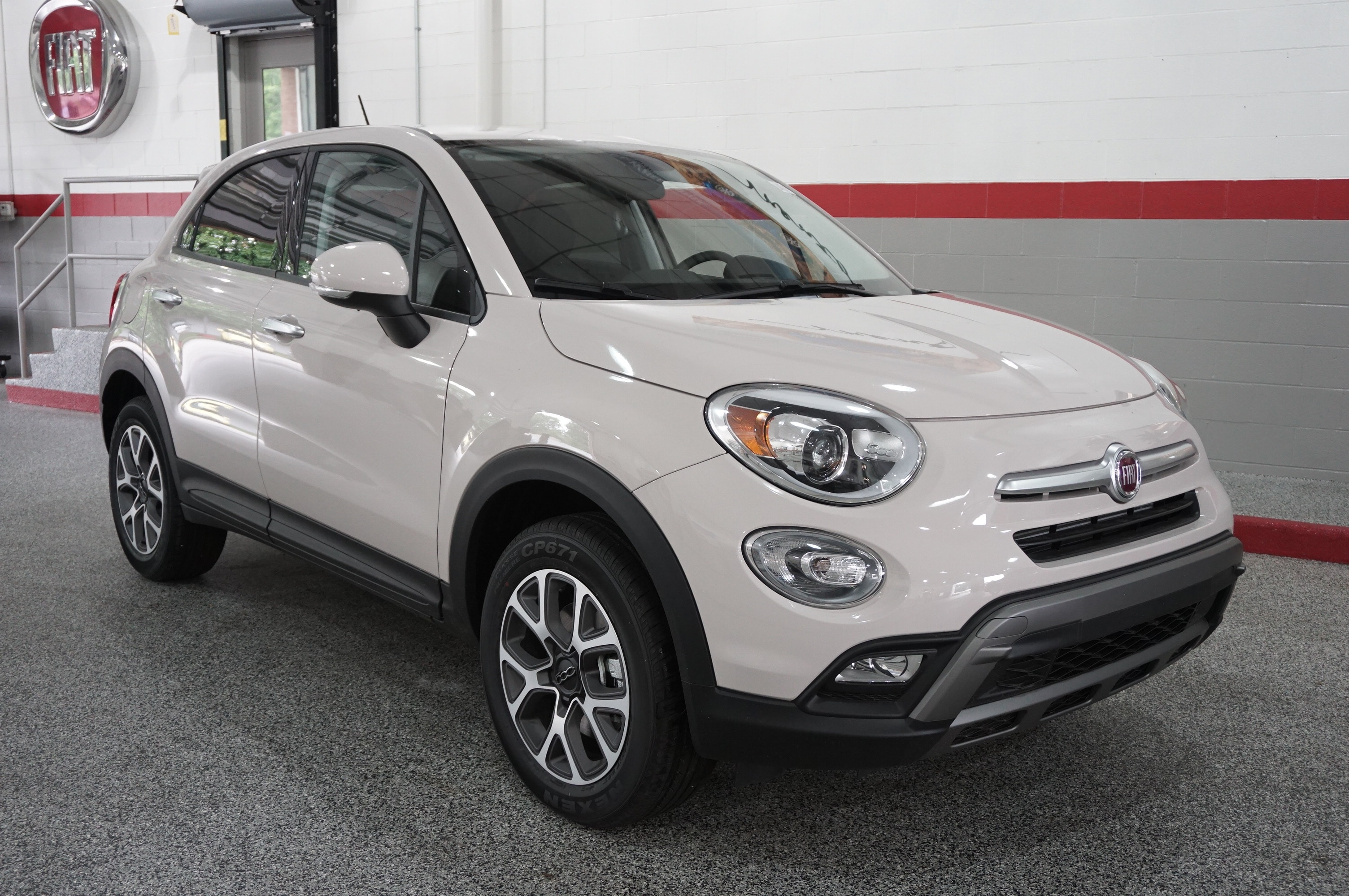 2015 fiat 500x review fiat crossover suv mentor oh. Black Bedroom Furniture Sets. Home Design Ideas