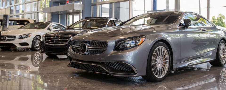 Mercedes-Benz of Coconut Creek showroom with new Mercedes-Benz vehicles for sale