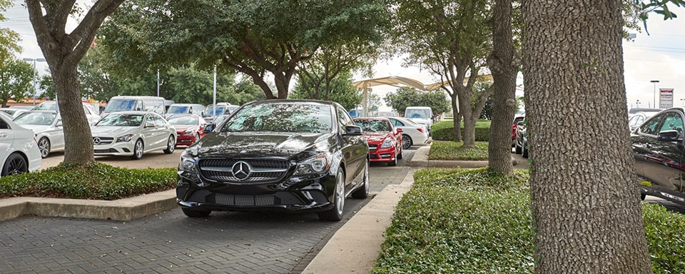 Exterior view of Mercedes-Benz of Houston North