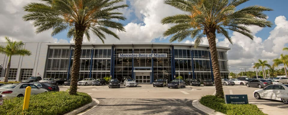 Exterior view of Mercedes-Benz of Miami