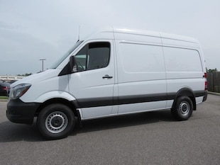 2018 Mercedes-Benz Sprinter 2500 Cargo 144 WB Van