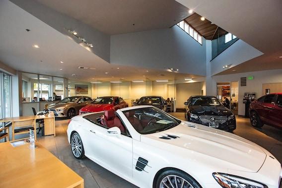 View Monterey Mercedes