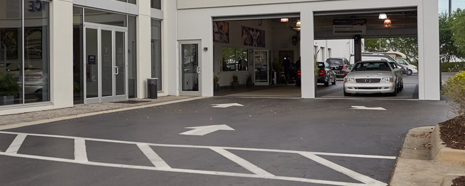 Mercedes-Benz of North Orlando service center entrance