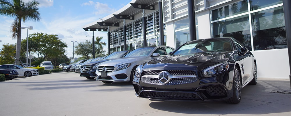 Exterior view of Mercedes-Benz of Pembroke Pines serving Hollywood