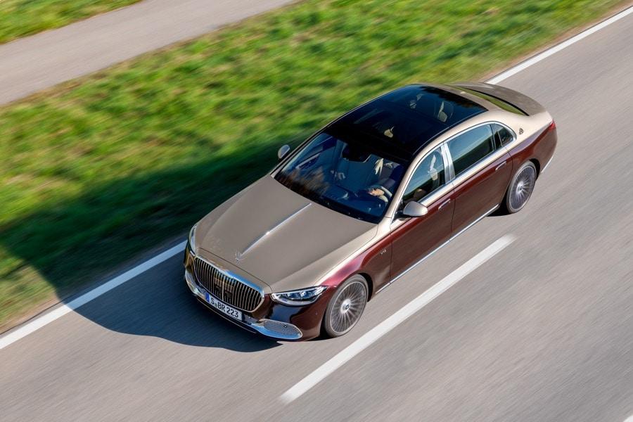 2022 Mercedes-Maybach S 680 4MATIC Sedan two-tone deep red/beige